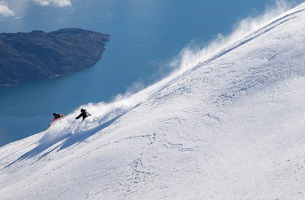 sunnmore-alps-alesund-fjord-ski-touring-scialpinismo