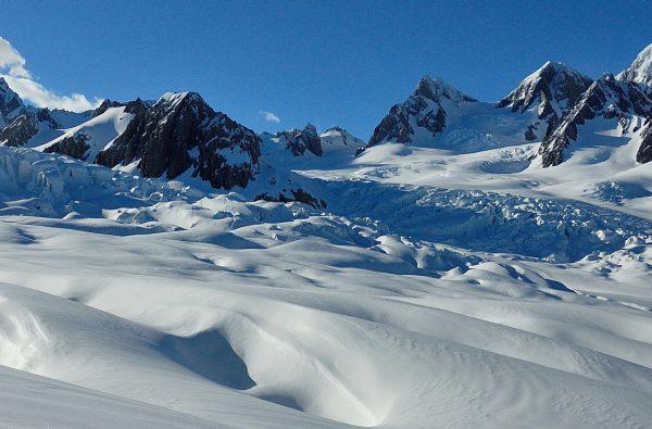 skitouring-skimountaineering-new-zealand