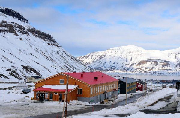 skitouring-svalbard-1