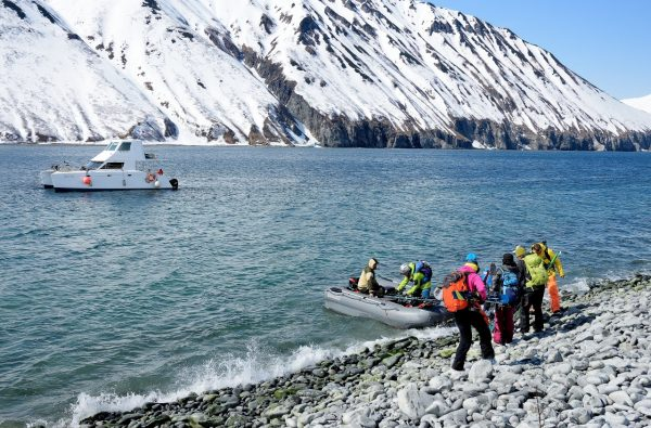 svalbard-scialpinismo-barca-5